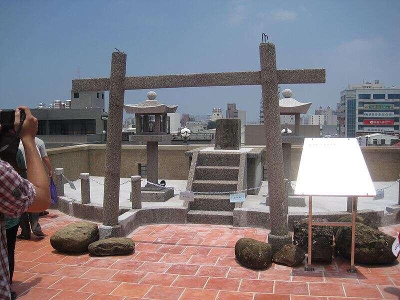 林百貨頂樓神社