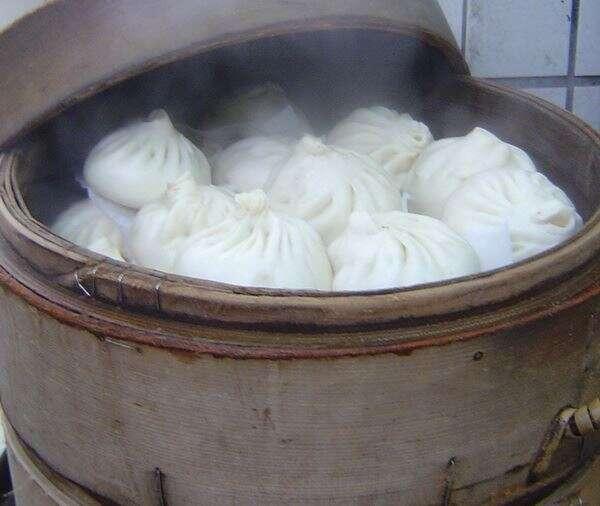 熱騰騰的肉包