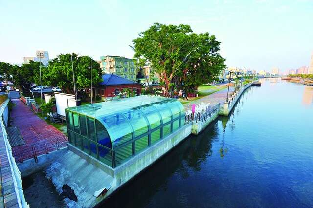 Canal Museum (Old Tainan Canal Anping Customs)(運河博物館(原台南運河安平海關))