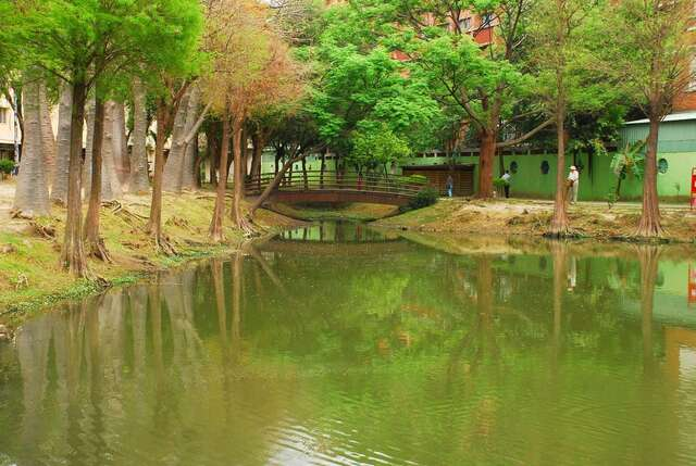 Barclay Memorial Park(巴克禮公園)
