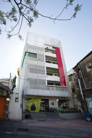 Light Hostel Tainan
