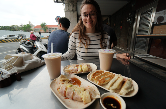 2.Start your day with a Taiwanese Breakfast