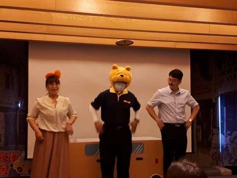 三隻小熊韓文歌表演