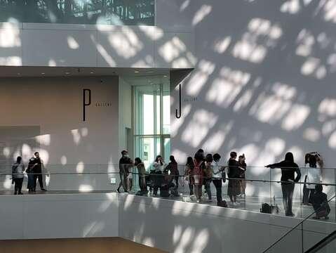 國慶連假-臺南美術館天天爆滿人潮