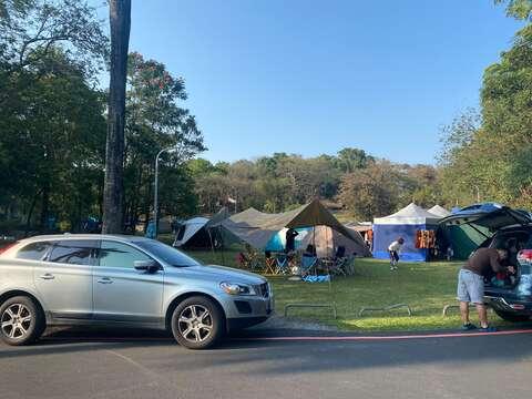 全家到烏山頭露營最適合