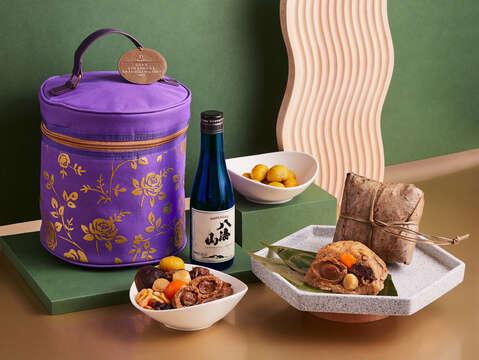 台南遠東香格里拉飯店-醉月【紫緣】粽禮袋,含:粽王一顆及八海山清酒一瓶 (300ML)